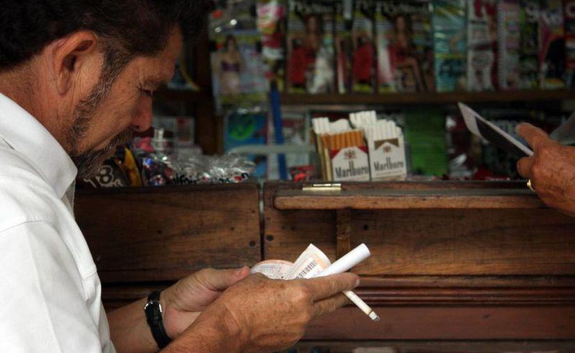 La SSE señala que el consumo de cigarros es la segunda causa de muerte en el país. (Milenio Novedades)