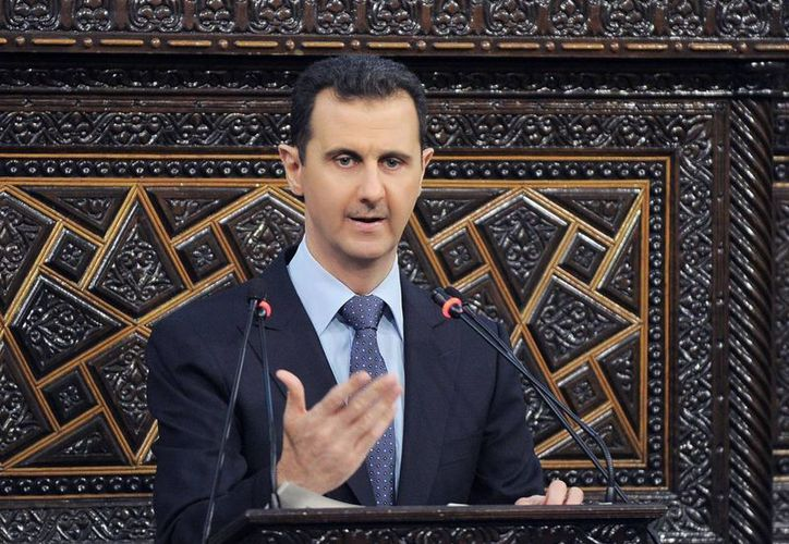 El presidente Bashar Assad hizo una inusual presentación en público en la capital, Damasco. (Agencias)