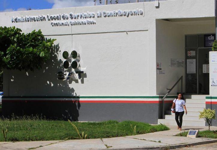 La Prodecon aumenta su labor durante estos meses en asesoramiento de las personas físicas en Quintana Roo. (Ángel Castilla/SIPSE)