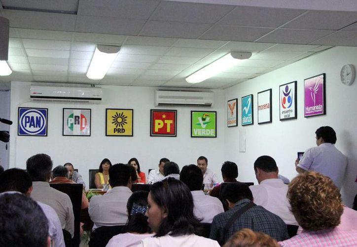 Las campañas políticas iniciaron hoy en Yucatán: están en juego 126 cargos de elección popular. La imagen es de contexto. (Milenio Novedades)