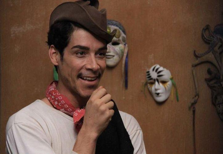 Óscar dio vida a 'Cantinflas' en la película del 2014. Foto: Internet