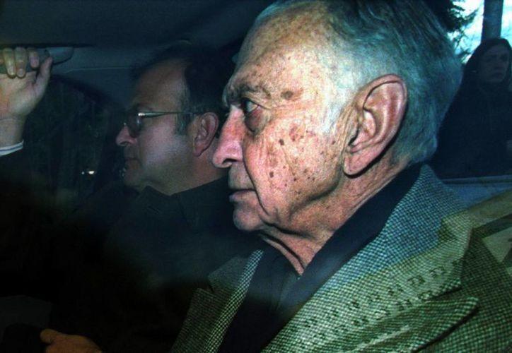 Fotografía de archivo de 2003 en la que se observa al ex ministro de Economía argentino José Alfredo Martínez de Hoz. (EFE)