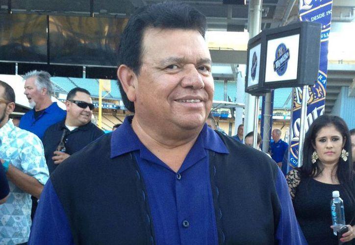 Desde que se retiró del beisbol hace 11 años, Fernando Valenzuela se integró a la transmisión en español de los partidos de Dodgers. (Notimex)