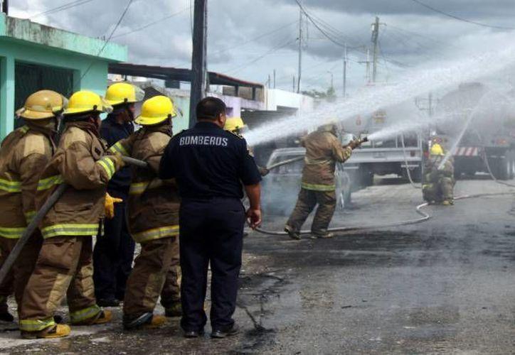 El incendio en el hospital Doctor Alfredo Pumarejo finalmente fue controlado alrededor de las 05:30 horas de este jueves. (SIPSE/Foto de contexto)