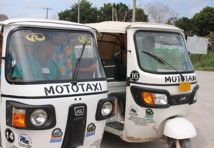 Los taxistas de Felipe Carrillo Puerto buscan impedir la expansión del servicio de mototaxis en la zona maya. (Benjamín Pat/SIPSE)