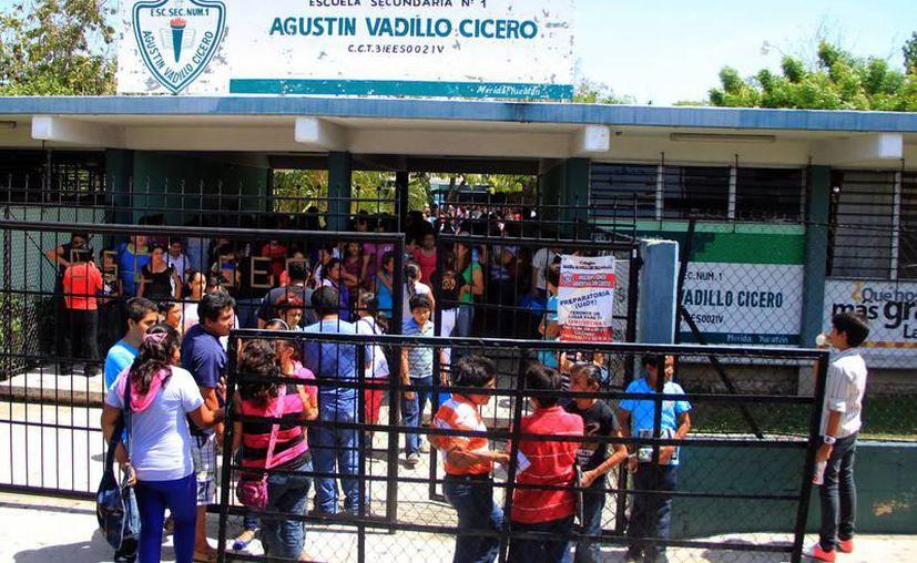 Los cupos en las escuelas con mayor demanda se otorgaron a través de los resultados del Examen Isais. (Archivo/SIPSE)