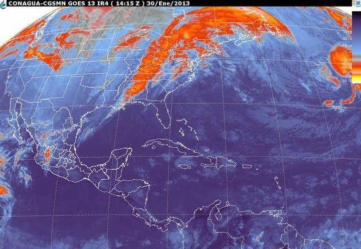 Soplarán vientos del este y sureste de 15 a 30 km/h con rachas de 50 km/h. (smn.cna.gob.mx)