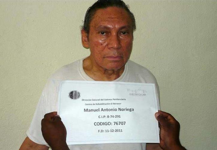 El exdictador panameño Manuel Antonio Noriega purga en una cárcel cercana al Canal de Panamá varias condenas por homicidio. (lapatilla.com/AFP)