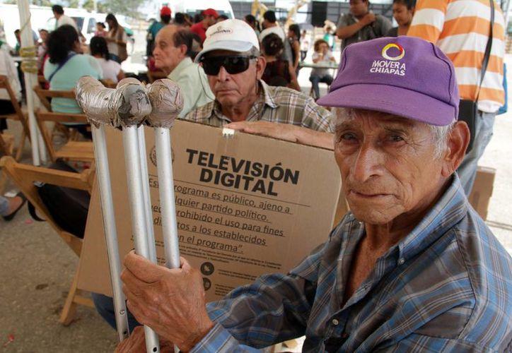 Se prepara el comercio de Yucatán para una venta especial de pantallas digitales por el apagón analógico, con las promociones y ofertas parecidas a las que se usaron durante el Buen Fin. (Notimex)