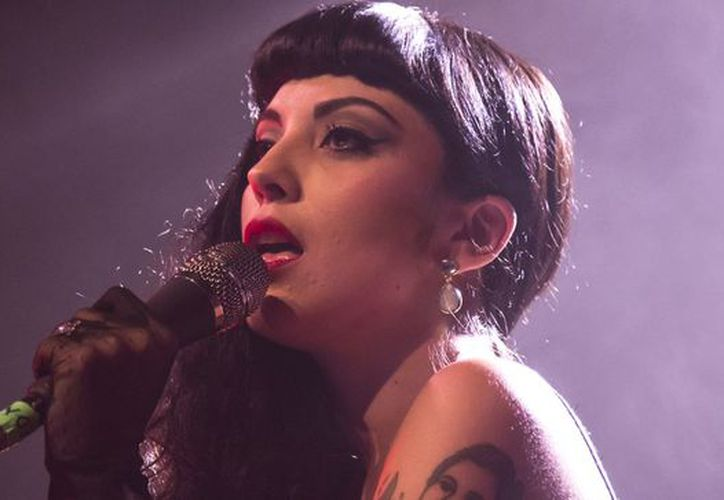 Mon Laferte mueve la red con esta noticia. (Internet)