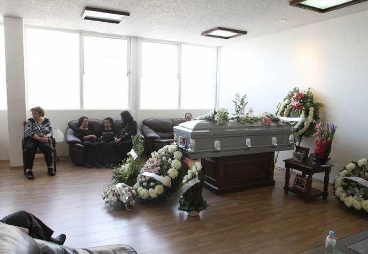 Una funeraria cobra hasta 16,000 bolívares, precio que las autoridades de Venezuela consideran 'fuera de lugar'. (Archivo/SIPSE)