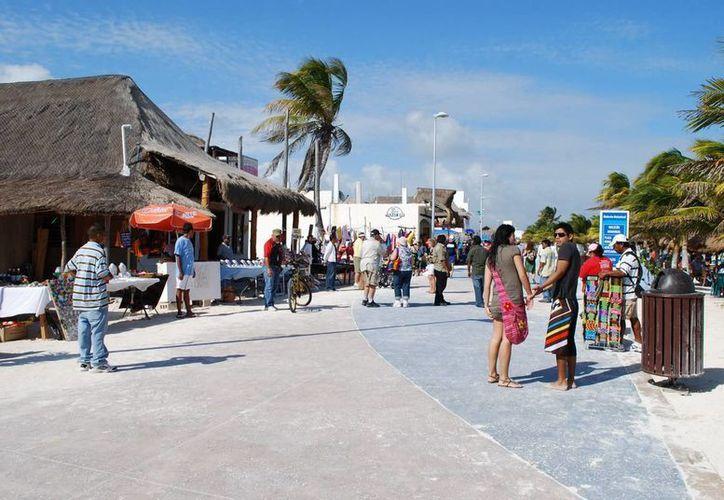 """Del 28 de febrero al 7 de marzo se realizará el festival """"Cruzando Fronteras"""" en Mahahual. (Cortesía/vocero.qroo.gob.mx)"""