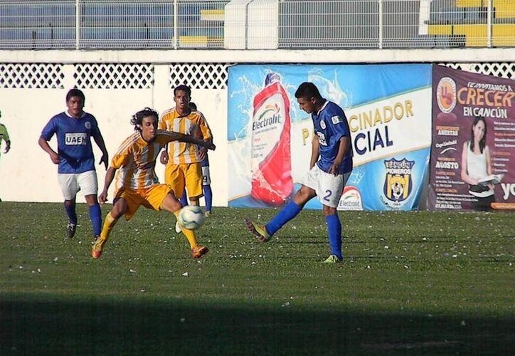 El técnico de la escuadra, Narciso Morales Lastra, dejó en claro que sus jugadores deberán ser precavidos. (Ángel Mazariego/SIPSE)