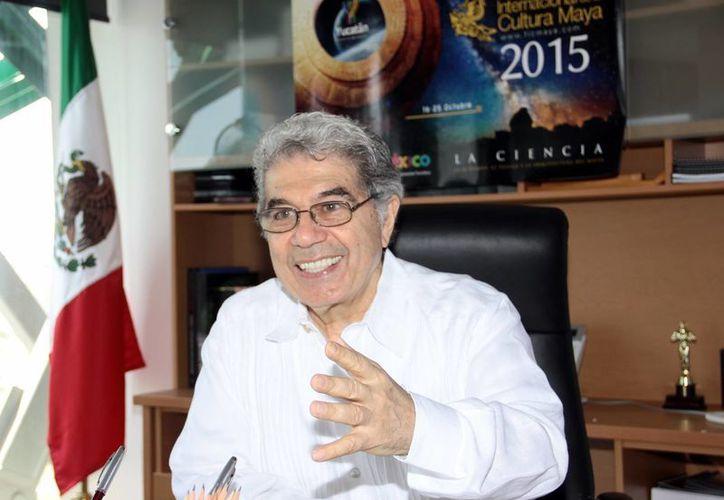 El director de Museos e Historia de Yucatán, Jorge Esma Bazán, dio los pormenores del evento que se realizará del 16 al 25 de octubre. (Milenio Novedades)