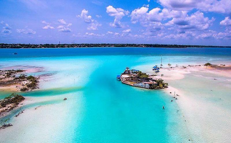 Resultado de imagen para Laguna de los Siete Colores, Bacalar, Quintana Roo