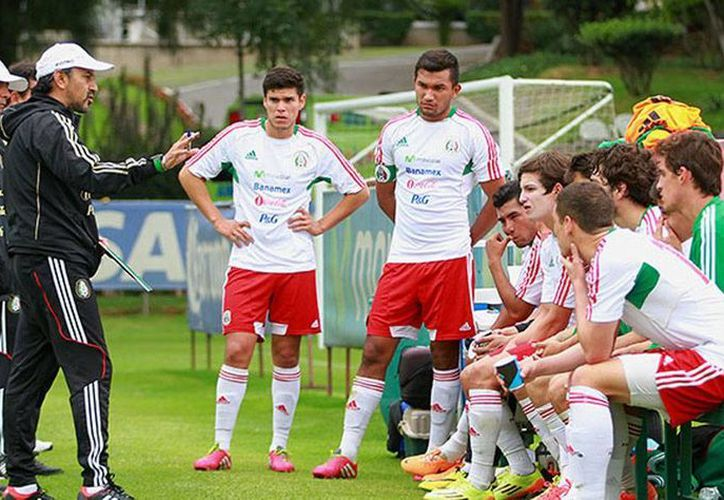 La Sub 21 quedó prácticamente sin posibilidad de avanzar en el Torneo Esperanzas de Toulon. (miseleccion.mx)