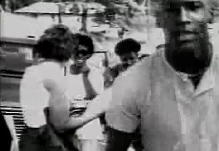 El exbasquetbolista Michael Jordan (foto) y el tenista John McEnroe son algunos de los deportistas famosos que aparecen en el video de Nike con el tema Revolution, en 1987. (Captura de pantalla de YouTube)