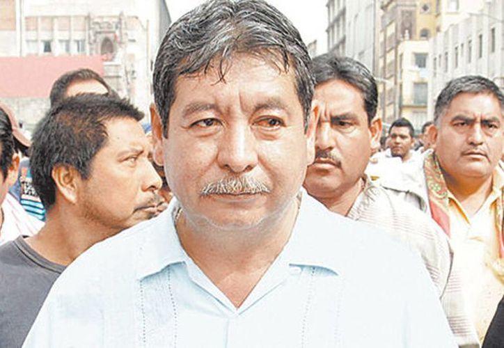 Rubén Núñez dijo que percibe un sueldo de 13 mil pesos a la quincena porque cuenta con un estatus jurídico laboral de comisionado. (Milenio)