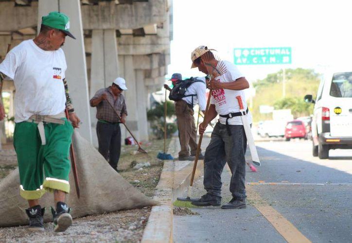 El sindicato de trabajadores del Ayuntamiento de Solidaridad pide mejoras laborales para sus agremiados. (Adrián Barreto/SIPSE)