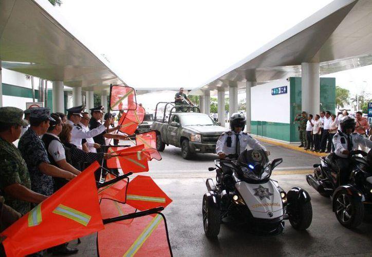 Imagen del arranque del operativo de vacaciones a cargo de la Coordinación estatal Yucatán. (José Acosta/Milenio Novedades)