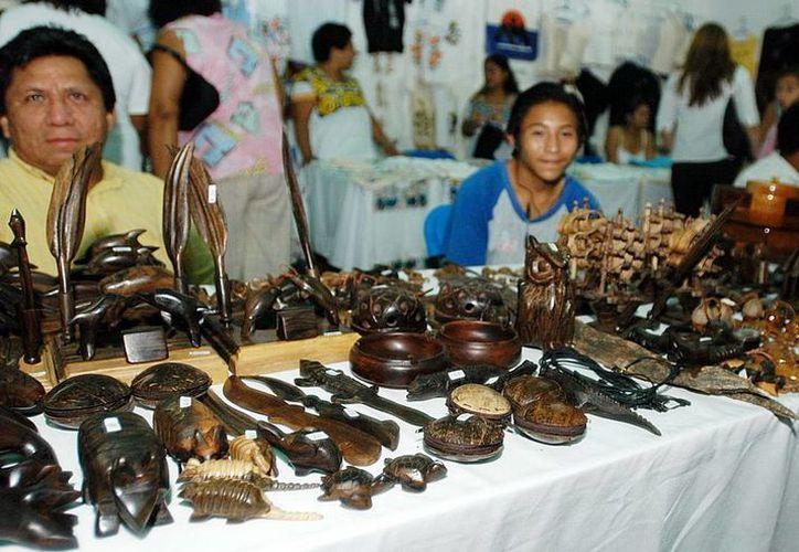 Planean beneficiar a más de 40 artesanos de 10 comunidades. (Redacción/SIPSE)