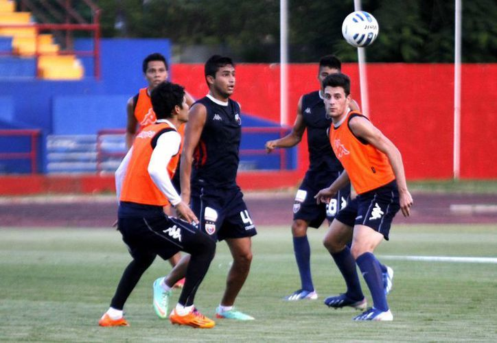 Narciso Mina, llegó como goleador a las águilas del América. (Francisco Gálvez/SIPSE)