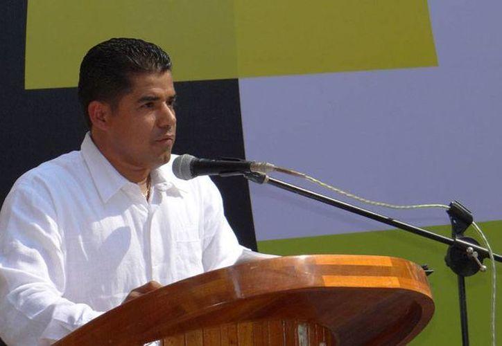 El alcalde Arquímedes Oseguera envió, como 'propuesta', el nombre de su sustituto en la Alcaldía: Agustín Zapién Ramírez, su brazo derecho. (novedades.acapulco.mx)