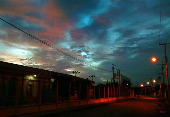 La madrugada de este miércoles empezó el invierno en el hemisferio norte terrestre. Hoy es el día más corto, por lo que habrá más horas de oscuridad que de luz. (Eduardo Vargas/SIPSE)