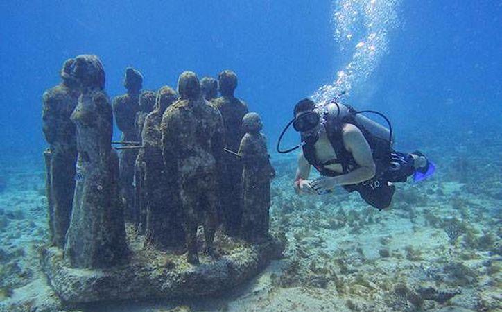 En cinco ocasiones televisoras de Japón igual han realizado el viaje hasta Cancún. (Luis Soto/SIPSE)