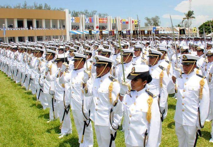 La generación 2008-2013 de Guardamarinas está compuesta por 181 elementos que se integrarán a las unidades y establecimientos de la Semar. (Cortesía)