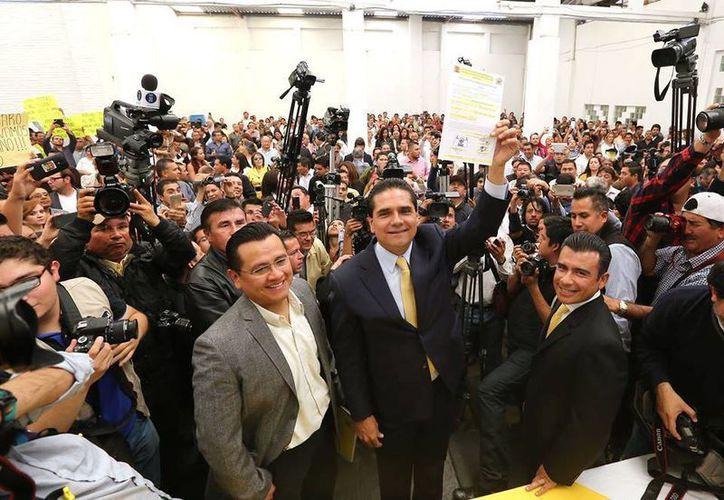 Aureoles aseguró que busca la candidatura con una actitud humilde y sin triunfalismos. (Facebook/Silvano Aureoles Conejo)