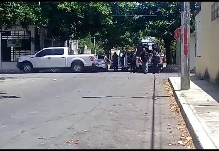 Policías ministeriales capturaron a cuatro sujetos con armas de fuego. (Foto: Redacción/SIPSE)