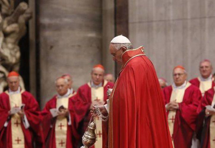 El Papa Francisco durante una ceremonia en el Vaticano, este 16 de febrero de 2015. (Foto: AP)