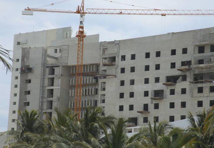 El centro de hospedaje se ubica en Punta Cancún. (Israel Leal/SIPSE)