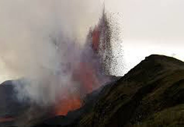 Volcán de Sierra Negra en alerta amarilla. (Foto: Internet)