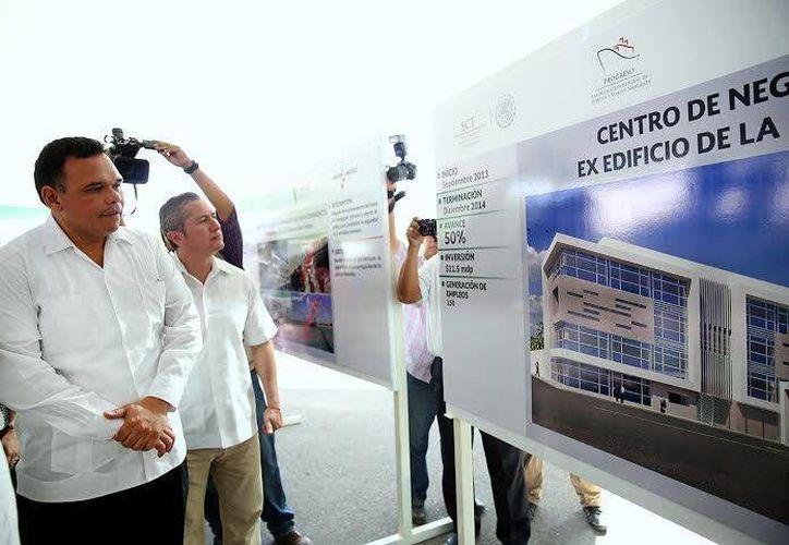 El gobernador Rolando Zapata dijo que el desarrollo de la infraestructura de Puerto Progreso es de gran trascendencia para la economía. (Facebook/Gobierno del Estado de Yucatán)
