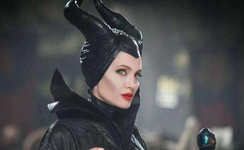 Angelina Jolie volverá a ponerse en el traje de la villana de 'La bella durmiente'. (Foto: Contexto/Internet)