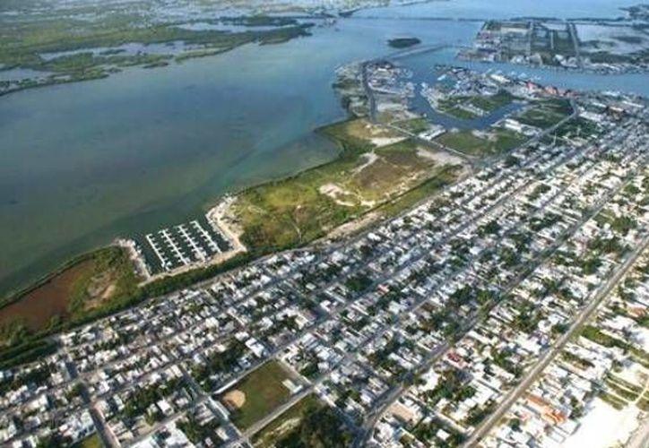 Progreso solo estuvo por debajo de Mazatlán y Lázaro Cárdenas como puertos de México con más movimiento, según la Cepal. (SIPSE)
