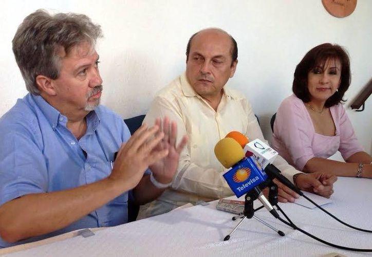 Agustín Sánchez Guevara, coordinador nacional de Protección a la Capa de Ozono de la Semarnat anunció taller dirigido a técnicos para que sepan cómo manejar los gases contaminantes y evitar que escapen a la atmósfera.(Milenio Novedades)