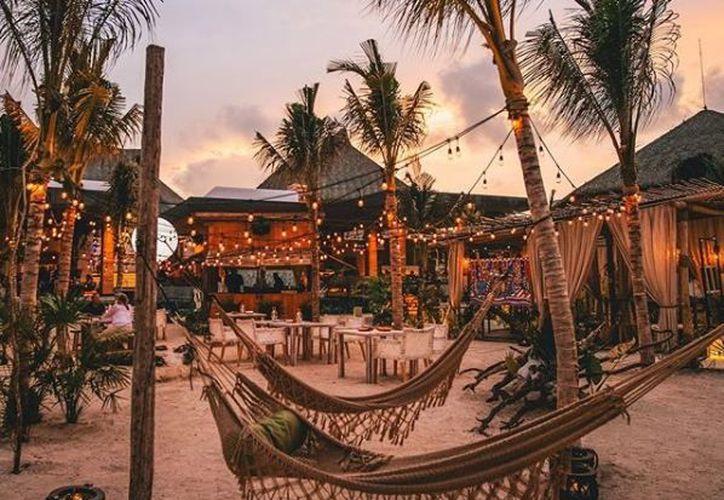 Grupo Vidanta oferta vacantes para lo que llama 'el mejor trabajo del mundo', que consiste en hospedarse en sus hoteles para compartir experiencias en redes sociales. (Vidanta/Instagram)