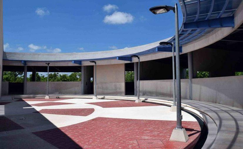 La Universidad Politécnica de Quintana Roo ofrecerá bachillerato en Isla Mujeres. (Redacción/SIPSE)