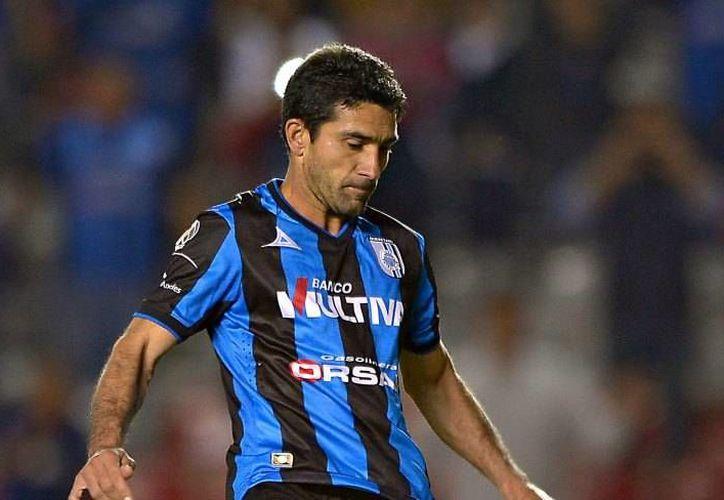 Antonio Naelson 'Sinha' debutó en 1995 en el futbol de su país de origen Brasil. Sinha anunció su retiro del futbol profesional este martes, el cual será con los Gallos Blancos del Querétaro. (Archivo Mexsport)