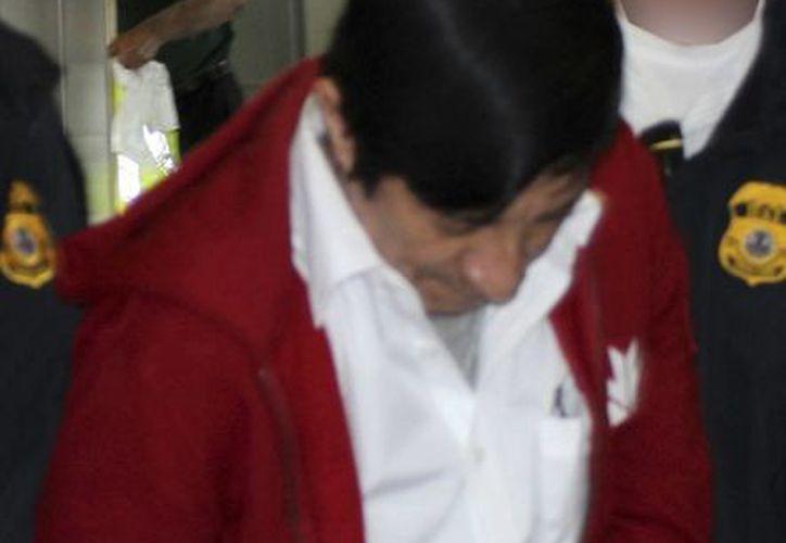 Jorge Sosa al ser extraditado de Canadá a Los Angeles, el 21 de septiembre de 2012. (Agencias)