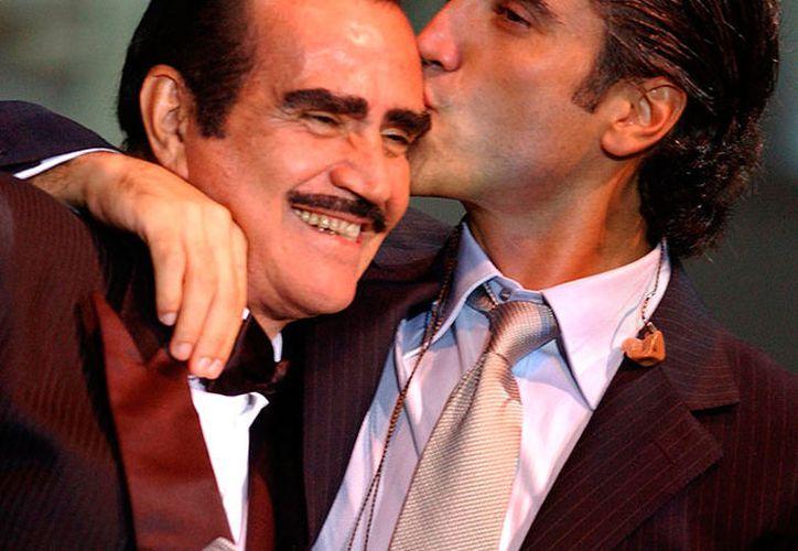 El cantante celebra 25 años de trayectoria de 'El Potrillo'. (Foto: Internet)