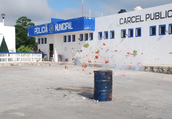 La explosión de una sandía fue un fuerte ejemplo. Autoridades buscan crear conciencia. (Juan Palma/SIPSE)