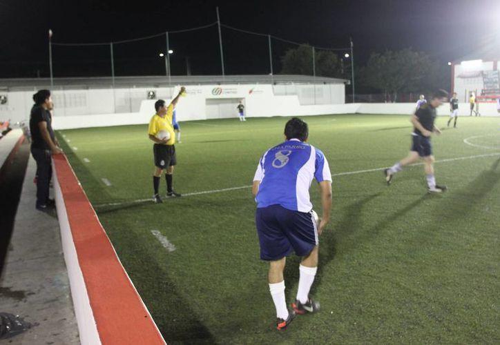 La unidad deportiva José Guadalupe Romero Molina tendrá acción con encuentros de la categoría de segunda fuerza. (Alberto Aguilar/SIPSE)