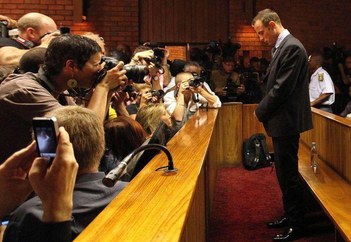 Pistorius durante su audiencia de libertad bajo fianza en Pretoria, el 22 de febrero. (Agencias/Archivo)