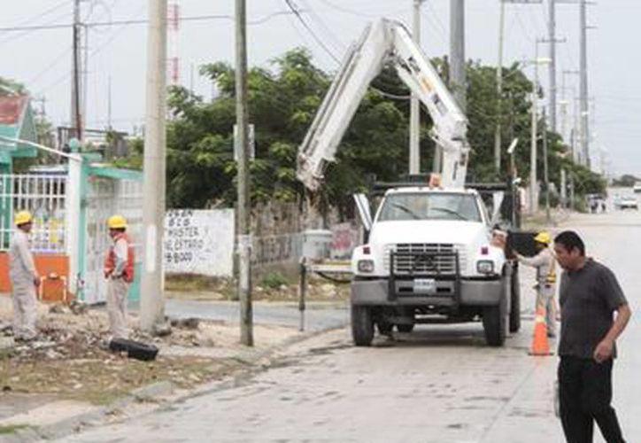 En la obra se sustituyeron luminarias por lámparas led, en cinco kilómetros lineales. (SIPSE)