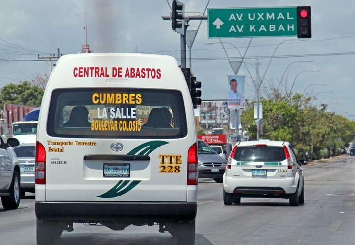 Transporte Terrestre Estatal no realiza revisiones permanentes a los conductores. (Jesús Tijerina/SIPSE)