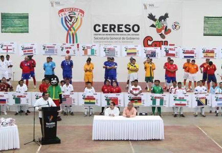 Presos del Cereso de Mérida tendrán sus propios 'Juegos Olímpicos', con la participación de más de 15 'países'. La imagen es del Mundialito del Cereso, y está utilizada solo como contexto. (SIPSE)